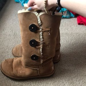 Bailey Button Ugg Boots size 6